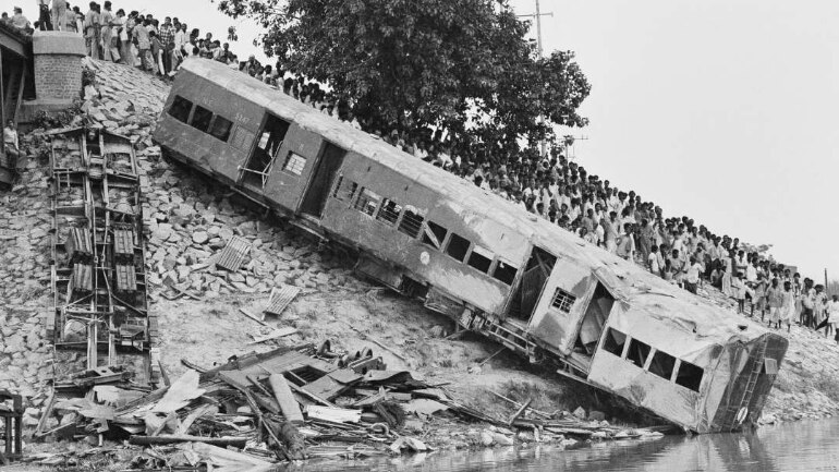 bihar train accident 1981