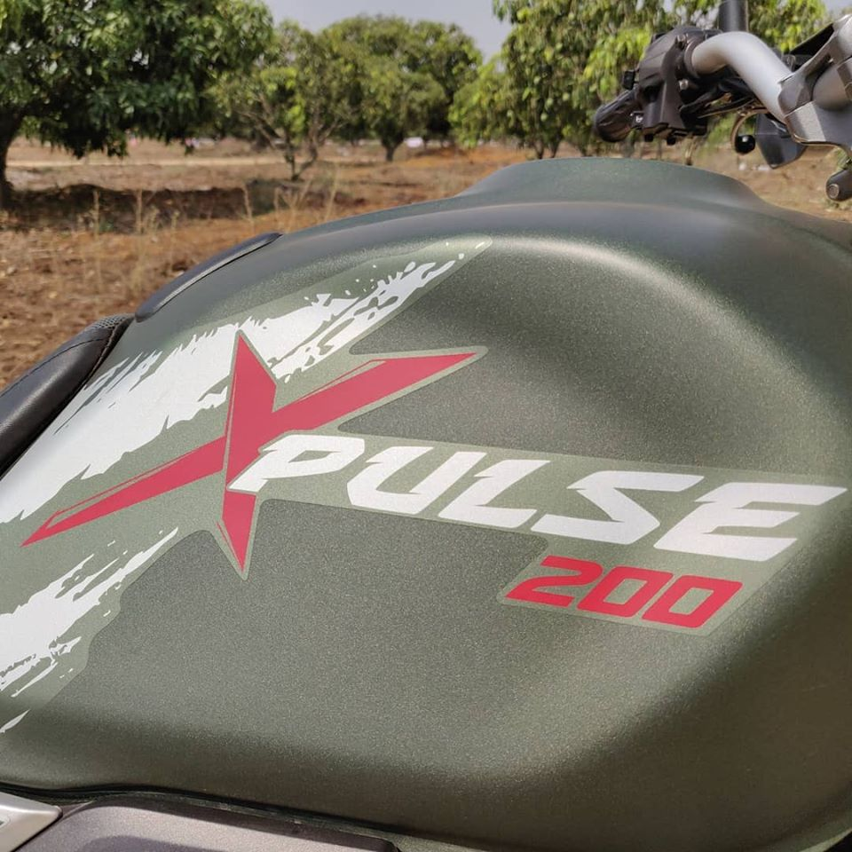 hero xpulse 200 badge